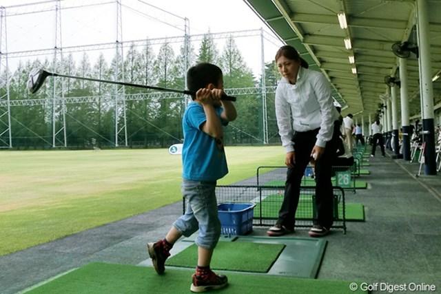 ミーティング委員の綾田紘子はレッスン要員としてイベントに参加した