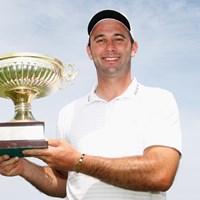 ポルトガル人として初の母国開催タイトルを獲得したR.サントス (Dean Mouhtaropoulos /Getty Images) 2012年 マデイラアイランドオープン 最終日 リカルド・サントス
