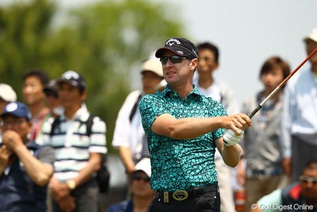 2012年 とおとうみ浜松オープン 3日目 ブレンダン・ジョーンズ 2番でティショットをOB。今日はティショットが曲がりまくってました。明日の再爆発あるか・・・。