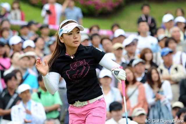 2012年 中京テレビ・ブリヂストンレディスオープン 最終日 有村智恵 パットの不調に悩みながらも3日連続のアンダーをマークして9位タイフィニッシュ。ショットはキレキレで好調持続も、パットは水物やから仕方おまへんやん。