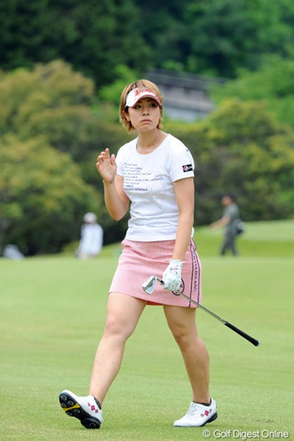 2012年 中京テレビ・ブリヂストンレディスオープン 最終日 森田理香子 李知姫に最後まで食らいついた森田理香子だったが、3打届かずの単独2位で終戦