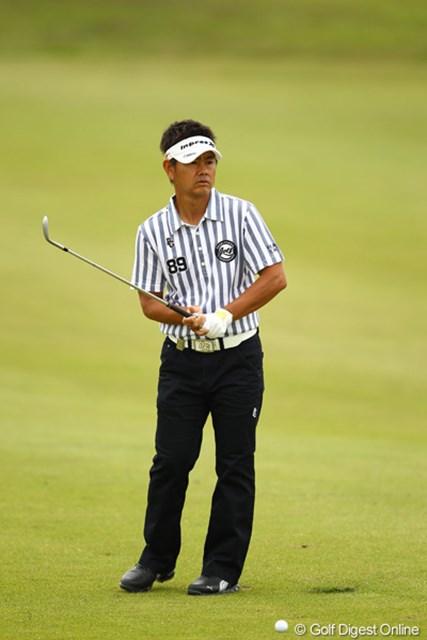 2012年 とおとうみ浜松オープン 最終日 藤田寛之 今日は5つスコアを伸ばしましたが、本当に初日のゴルフだけが悔やまれますね。