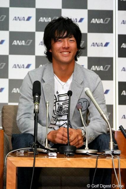 2012年 「全米OP」出場確定! シード獲得に向けて渡米 石川遼 「全米OP」出場確定を受けて笑顔を見せる石川遼。21日、米ツアー5連戦に向けて渡米した