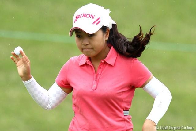 2012年 ヨネックスレディスゴルフトーナメント 初日 青木瀬令奈 ウェイティング6番目から首位タイスタートを決めた青木瀬令奈