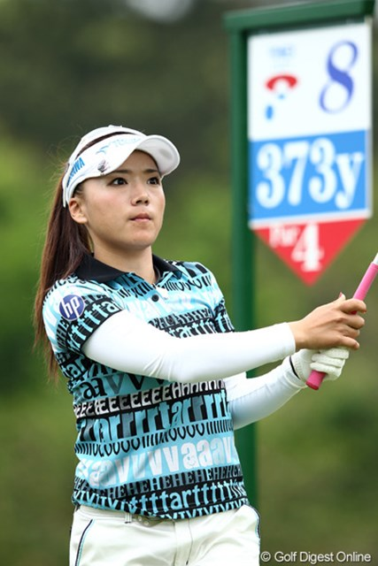 2012年 ヨネックスレディスゴルフトーナメント 初日 有村智恵 初日1オーバー、まだトップとは4打差。明日巻返しを・・・
