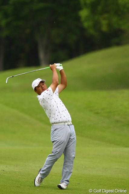 2012年 ダイヤモンドカップゴルフ 2日目 小田孔明 ディフェンディングチャンピオンは、1打足りず予選落ち。