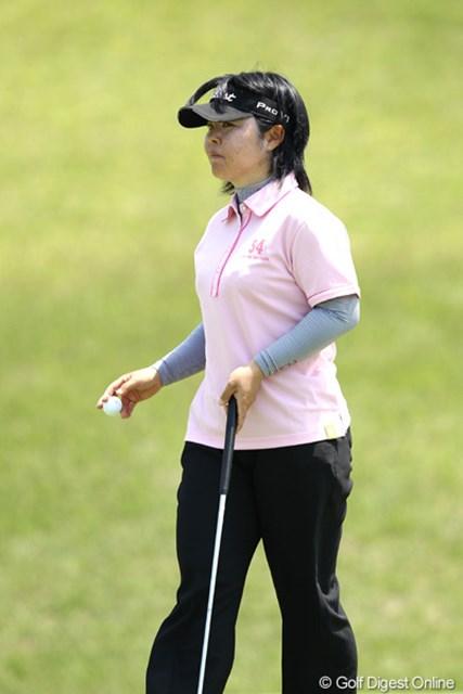 2012年 ヨネックスレディスゴルフトーナメント 2日目 不動裕理 5つスコアを伸ばし3アンダー9位タイまで浮上。さすがですね。