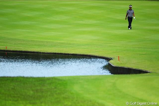 2012年 ダイヤモンドカップゴルフ 最終日 藤田寛之 前半は藤田さんの一人旅。