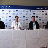 会見ではJGTOから中島和也、鈴木規夫、小山和顕の3名、さらに宍戸ヒルズの草野総支配人が出席し今年のコースについて説明を行った。 2012年 日本ゴルフツアー選手権 Citibank Cup Shishido Hills 会見