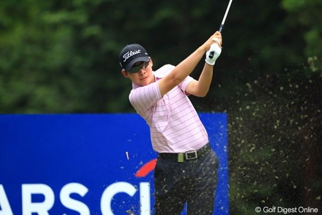 2012年 日本ゴルフツアー選手権 Citibank Cup Shishido Hills 初日 川村昌弘 スタートから6連続バーディを決めたルーキー川村。ツアーではアプローチ、パターの練習環境も整っており「毎回試合から多くのことを学びます」。