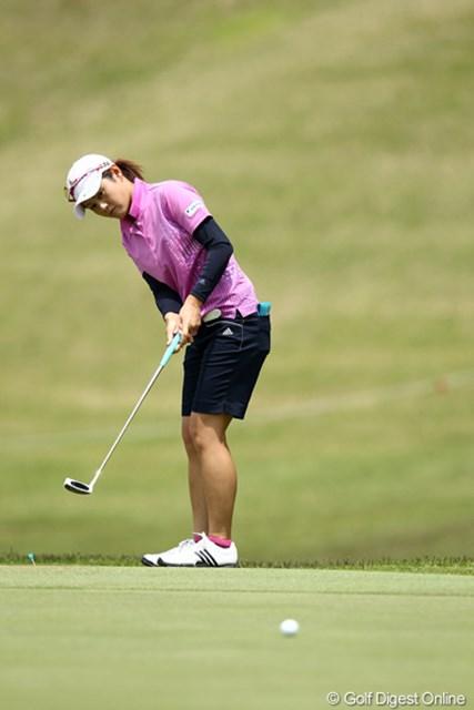 2012年 リゾートトラストレディス 事前 諸見里しのぶ 先週は「全米女子オープン」予選会出場のため渡米。肋骨痛の心配はなさそうだ