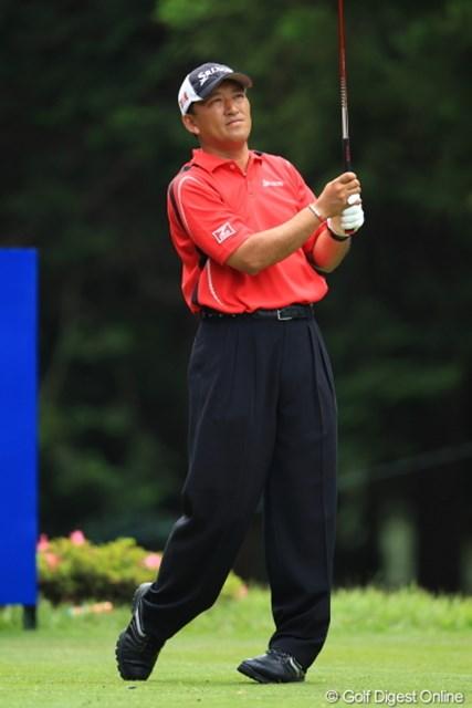 2012年 日本ゴルフツアー選手権 Citibank Cup Shishido Hills 初日 細川和彦 ファッションも含め、まったく昔から変わらないな。.