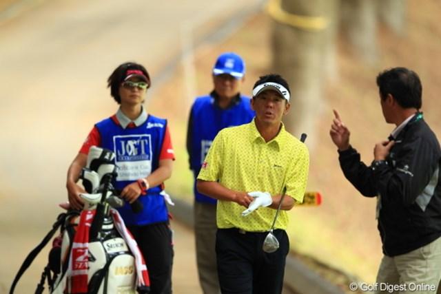 2012年 日本ゴルフツアー選手権 Citibank Cup Shishido Hills 初日 宮瀬博文 球がカート道を転がり戻っちゃったあげく協議の結果アンプレ。.