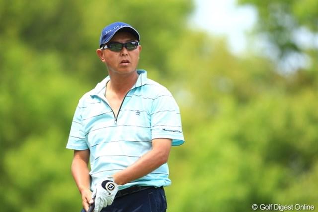 2012年 日本ゴルフツアー選手権 Citibank Cup Shishido Hills 初日 谷口徹 胸元見えても全然セクシーじゃない。