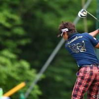 カッチョえぇー!背中に金のプリント! 2012年 日本ゴルフツアー選手権 Citibank Cup Shishido Hills 2日目 小泉洋人