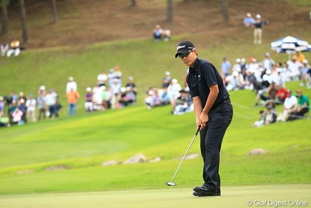2012年 日本ゴルフツアー選手権 Citibank Cup Shishido Hills 3日目 川村昌弘 ながーいパーパットを入れてもこの表情。もうちょっと喜んでくれい!