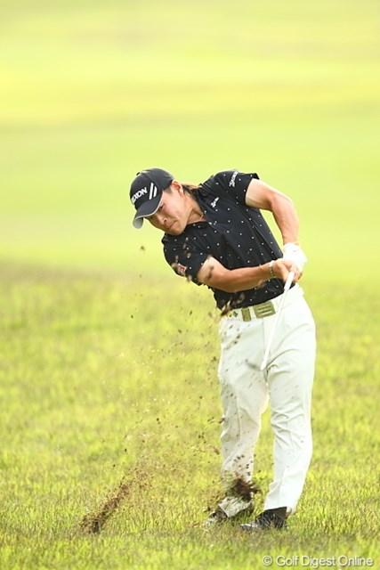 2012年 日本ゴルフツアー選手権 Citibank Cup Shishido Hills 3日目 藤本佳則 なんか新種のカニみたいで恐い。