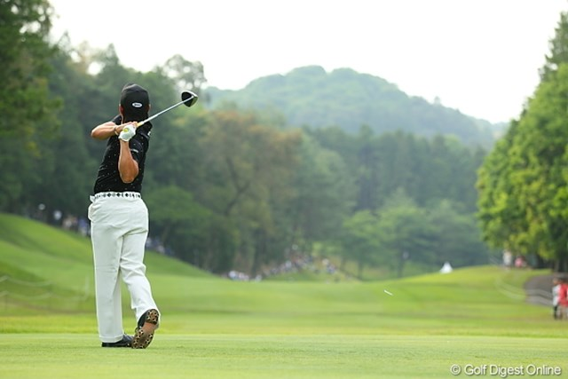 2012年 日本ゴルフツアー選手権 Citibank Cup Shishido Hills 3日目 藤本佳則 曲げたら即刻み&ボギーのホールでも思い切り振り切るからいいんだね。