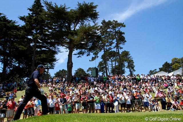2012年 全米オープン 3日目 フィル・ミケルソン 42歳の誕生日を迎えた。今年は世界ゴルフ殿堂入りも果たし、ますますの活躍を期待したい
