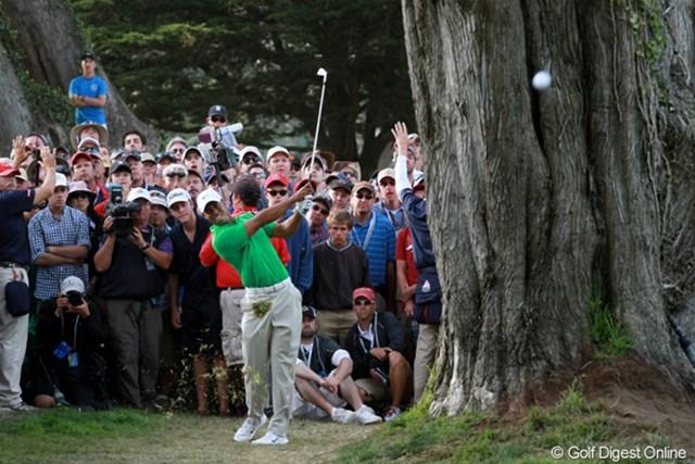 2012年 全米オープン 3日目 タイガー・ウッズ 3日目に転落したタイガー。このまま巻き返せぬまま終わってしまうのか。