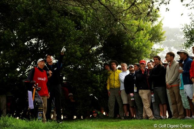 2012年 全米オープン 最終日 脱出ルート 16番ホールでティショットを曲げてしまった。距離を稼ぐか、安全に出すか、ルートを検索中