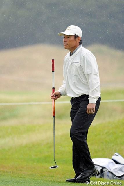 バーディ発進を決めて、相変わらずのセカセカしたプレーを披露してくれましたが、じっとガマンのゴルフでした…。29位T