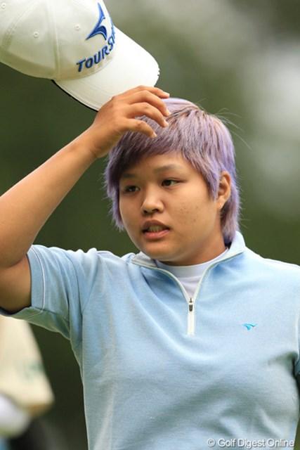 いやぁ、紫とは凄いですねぇ。