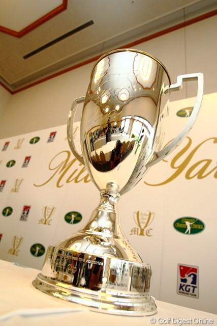 2012年 ミリオンヤードカップ 事前 カップ ミリオンヤードカップを手中におさめるのは日本?それとも韓国?