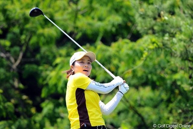 2012年 日医工女子オープンゴルフトーナメント 初日 カン・ヨウジン 久々の上位です。日本語ベラベラで読み書きもOK(!)という才女です。だ~いぶ前に何人かとモツ鍋食べました。物静かなお嬢さんでした。3位T