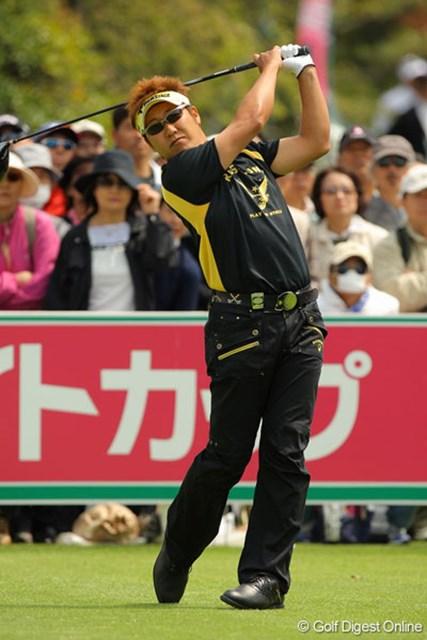 歴代優勝者の1人高山忠洋は結婚直後の今週、優勝を狙う