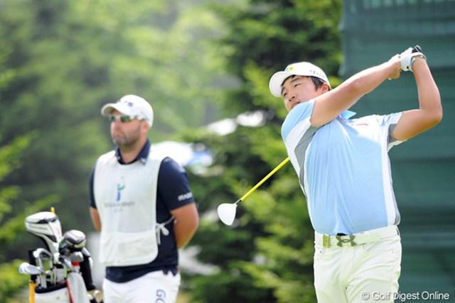 2012年 長嶋茂雄 INVITATIONAL セガサミーカップゴルフトーナメント 2日目 イ・キョンフン 期待の韓国人ルーキーは今野康晴に並ばれたがトップタイをキープ。