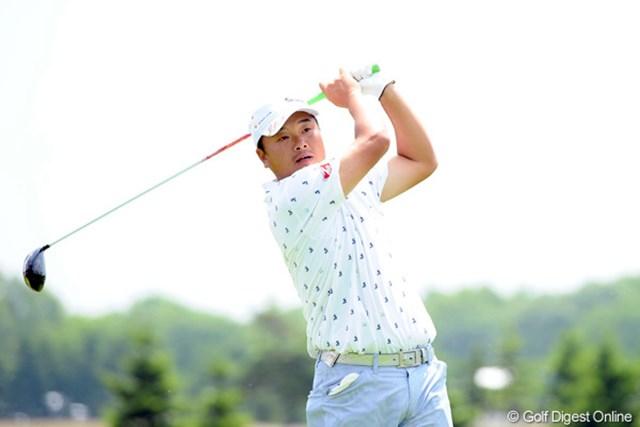 2012年 長嶋茂雄 INVITATIONAL セガサミーカップゴルフトーナメント 2日目 小田孔明 パッティング次第でビッグスコアの可能性を感じている小田孔明。