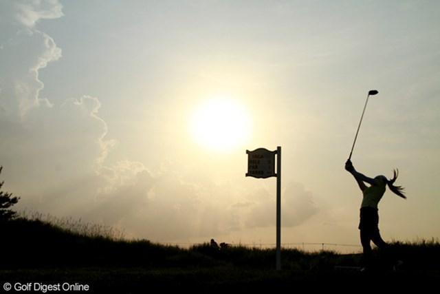 2012年 全米女子オープン 2日目 太陽 日が傾いても暑さは厳しいが、明日からは熱波も和らぐ予報