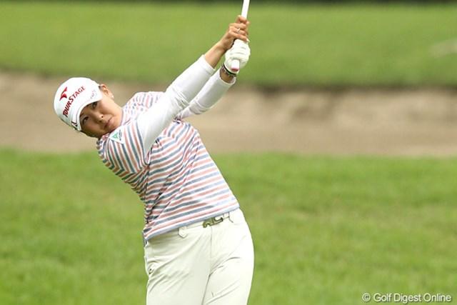 2012年 スタンレーレディスゴルフトーナメント 2日目 佐伯三貴 今季2勝目を狙う佐伯三貴は短期決戦できっちりと逆転可能な位置につけた