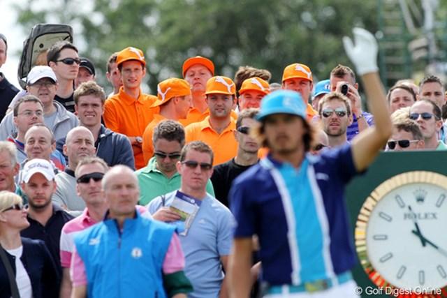 世界各国にいるリッキーのファン。やっぱりイメージカラーはオレンジです