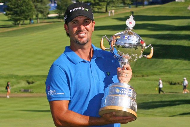 2012年 RBCカナディアンオープン 最終日 スコット・ピアシー 通算17アンダーまでスコアを伸ばしてツアー2勝目を果たしたスコット・ピアシー(Hunter Martin/Getty Images)