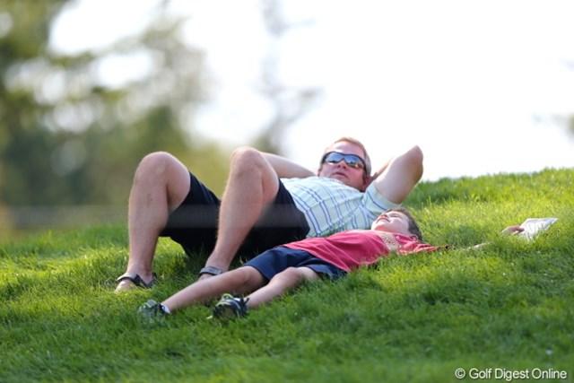2012年 WGCブリヂストンインビテーショナル 初日 ギャラリー ねぇ、パパ。ママはいつ帰ってくるの?