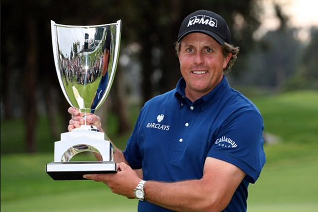 フィル・ミケルソン 苦しい展開ながら、何とか大会連覇を飾ったP.ミケルソン(Stephen Dunn /Getty Images)