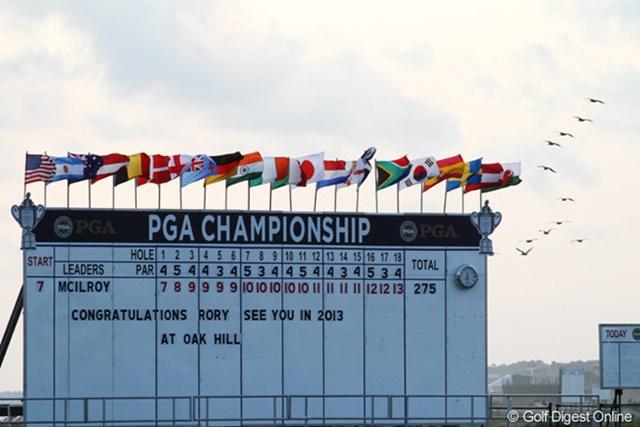 2012年 全米プロゴルフ選手権 最終日  2013年オークヒルCC 来年の全米プロはニューヨーク州ロチェスターのオークヒルで開かれる。前回の優勝者はショーン・ミキール