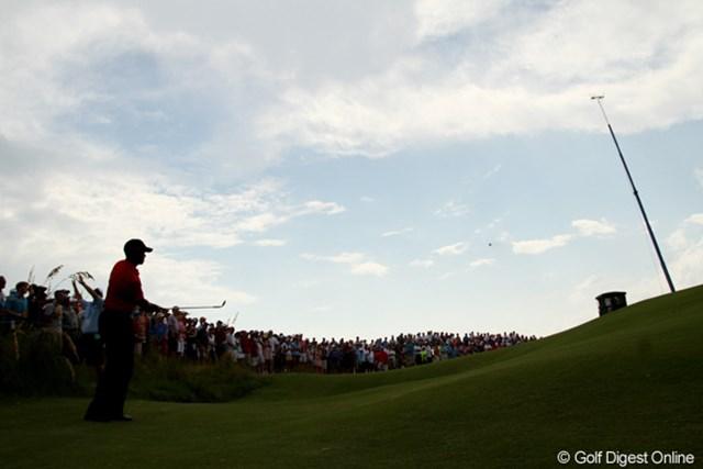 2012年 全米プロゴルフ選手権 最終日  コースデザイン グリーン面まで上りきらないと、再び元の位置までボールは転がり戻る。コースの難易度はラフの長さだけでは決まらない