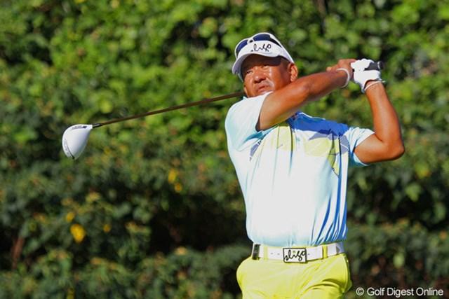 2012年 関西オープンゴルフ選手権競技 初日 篠崎紀夫 ツアー1勝、43歳の篠崎紀夫が首位に1打差の好発進!トップスタートから颯爽と18ホールを駆け抜けた