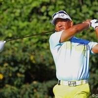 ツアー1勝、43歳の篠崎紀夫が首位に1打差の好発進!トップスタートから颯爽と18ホールを駆け抜けた 2012年 関西オープンゴルフ選手権競技 初日 篠崎紀夫
