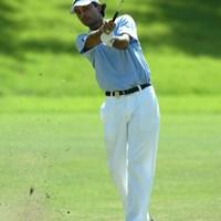 強風に耐え、単独首位に浮上したJ.ランダワ 2003年 サントリーオープンゴルフトーナメント 3日目 ジョディ・ランダワ