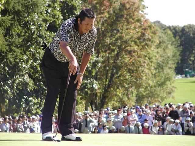 2003年 ANAオープンゴルフトーナメント 最終日 尾崎将司 こんなはずじゃ・・・。最終ホールに逆転を許したジャンボ尾崎