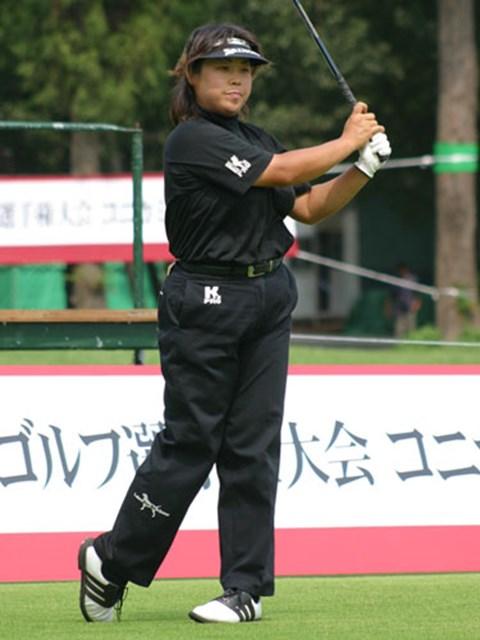 2003年 日本女子プロゴルフ選手権大会コニカミノルタ杯 初日 我妻こずえ 大場と同じ組で6アンダー首位の我妻こずえ