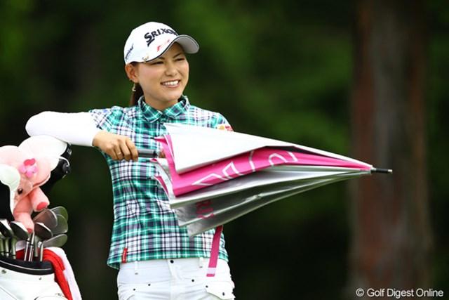 2012年 CAT Ladies 初日 横峯さくら 上がり3ホールで3連続ボギーと、さくらちゃんらしくないゴルフでした。明日の巻き返しなるか・・・。