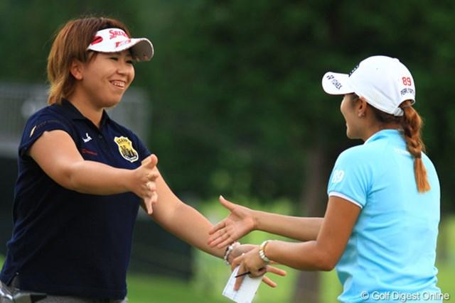 前週の興奮冷めやらぬまま…吉田弓美子が首位タイに浮上。