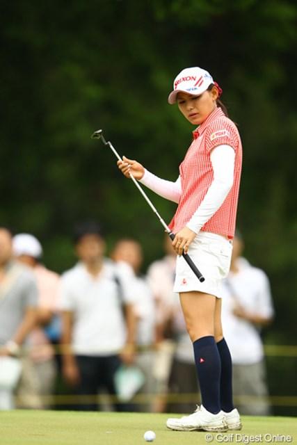 2012年 CAT Ladies 2日目 横峯さくら 今日はゴルフをやる以前の問題でストレスを抱えていたという横峯さくら