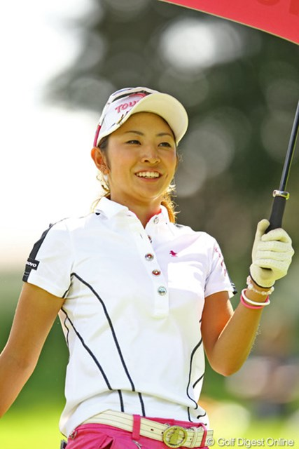 2012年 CAT Ladies 最終日 斉藤愛璃 残念ながら優勝は逃しましたが、今週は本当に明るい表情でラウンドしてました。そろそろ2勝目もあると思いますよ。