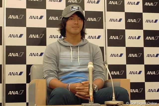 2012年 石川遼 帰国会見 今季の米ツアー参戦を終えた石川遼は、国内での賞金王獲得に向け早くも始動する